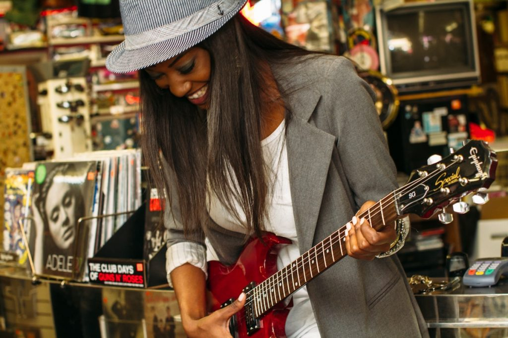 Guitar lessons Bakersfield, Guitar Teachers Bakersfield CA, Silo Guitar